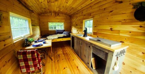 L'intérieur d'un wagon de berger